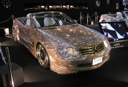http://www.newlaunches.com/entry_images/0109/14/Mercedes_sl_swarovski_3-thumb-450x306.jpg