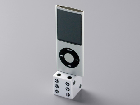 Buffalo Dice speakers sure to be a fashion gamble :  dice fashion gift iphone