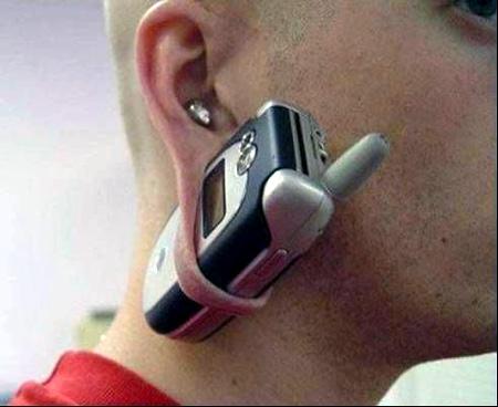 """Obrázek """"http://www.newlaunches.com/entry_images/0807/02/earring.jpg"""" nelze zobrazit, protože obsahuje chyby."""