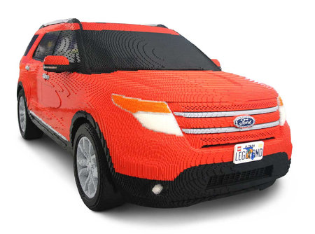 http://www.newlaunches.com/entry_images/0911/27/Lego-Ford-Explorer-1-thumb-450x334.jpg