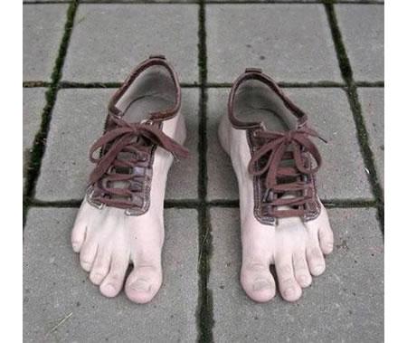 Barefoot_Shoes.jpg