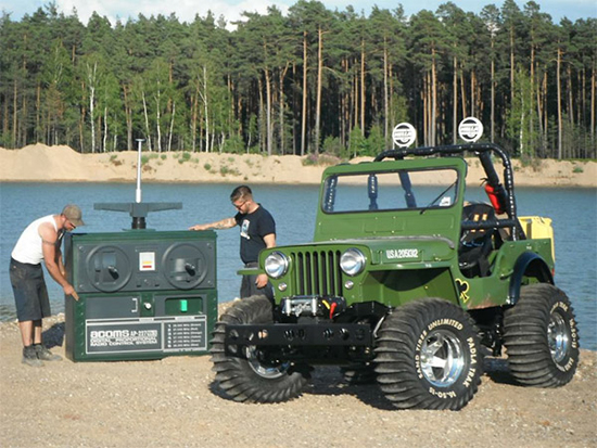 04 Remote Controlled Jeep