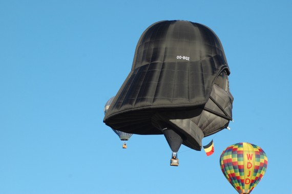 Darth Vader Hot Air Balloon 7 570x379
