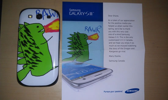 samsung s ii 1 Samsung Canada rewards a Facebook fan with a unique Samsung S III Epic Dragon version
