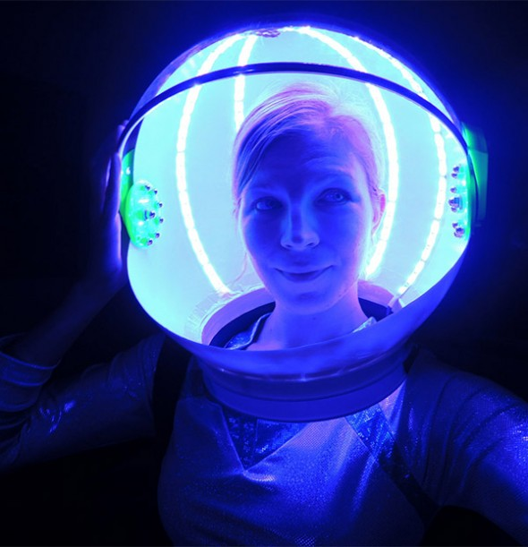 led space helmet 590x611
