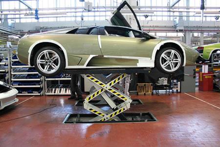 12_Lamborghini_Factory.jpg