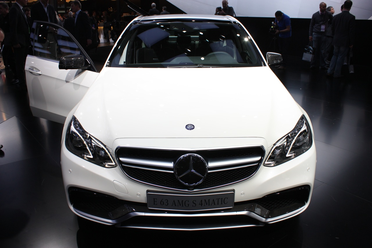 2014 mercedes benz e63 thunders in with 550 stallions for 2014 mercedes benz e63 amg 4matic