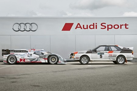Audi packs R18 LeMans Race cars with AMOLED 6 thumb 450x299