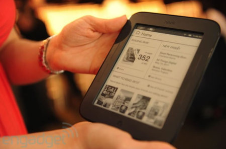 Barnes and Noble nook4 thumb 450x296