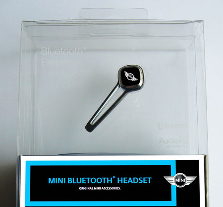 Bluetooth headsets2 thumb 450x419