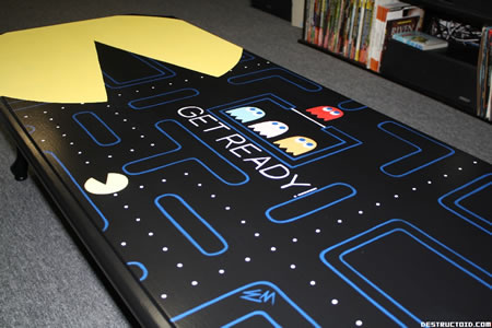 Pac Man coffee table3