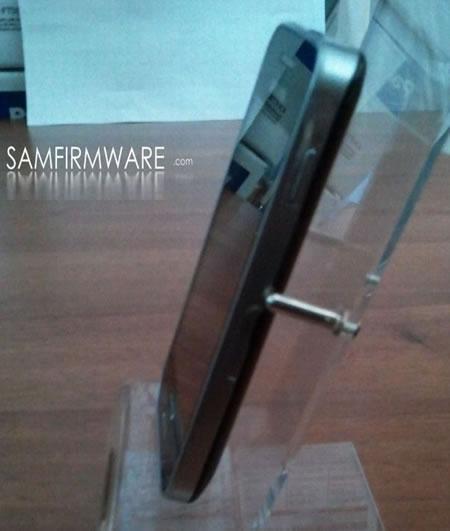 Samsung-GT-S5830-Galaxy-S-Mini-3.jpg