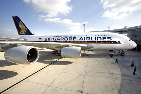 Singapore Airlines SQ380 1 thumb