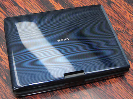 Sony Introduces 10 1 Inch Portable Blu Ray Dvd Player