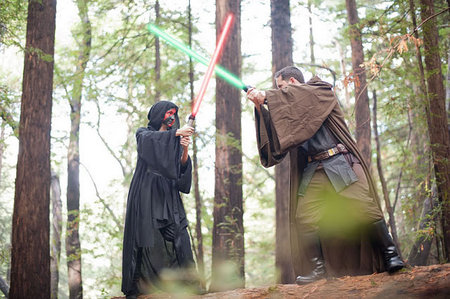 Star Wars theme engagement photo shoot2 thumb 450x299