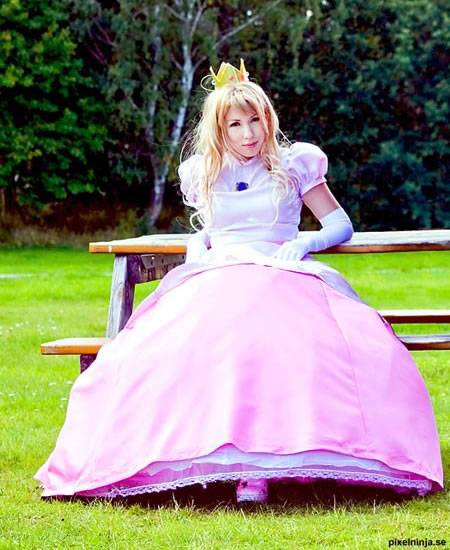 princess peach cosplay costume 1