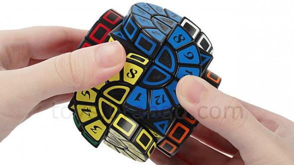 circular-spinning-rubiks-cube-2