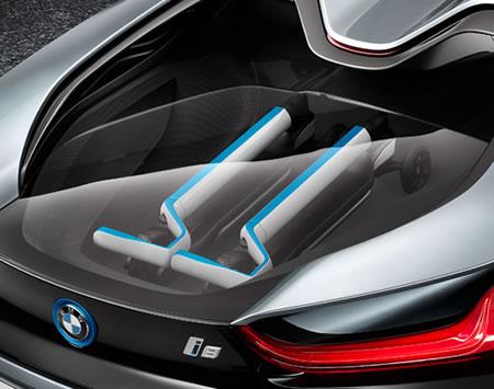 BMW-i8-Concept-Spyder-Scooters-02.jpg