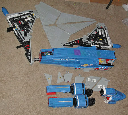 Classic_Lego_Space_Liner_15.jpg