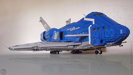 Classic_Lego_Space_Liner_5.jpg