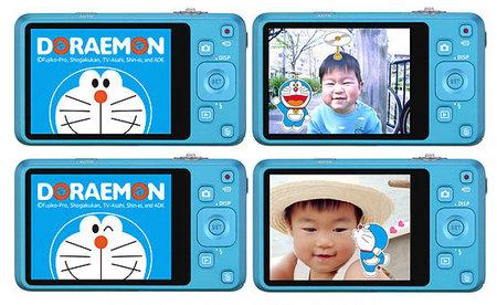 Doraemon's-Limited-Edition-Casio-EXILIM-EX-Z800-2.jpg