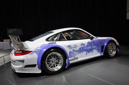 Facebook-Porsche-911-GT3-R-Hybrid-2.jpg