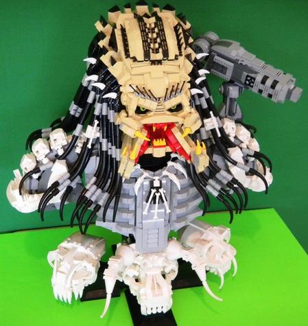 LEGO-Predator-bust-2.jpg