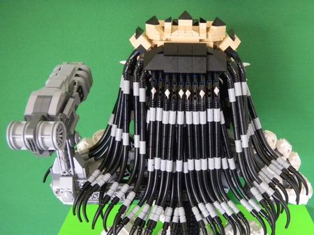 LEGO-Predator-bust-5.jpg