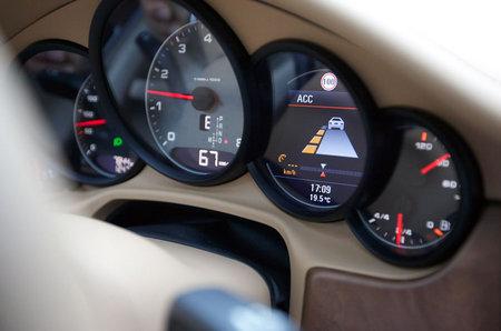 Porsche-ACC-InnoDrive-System-4.jpg