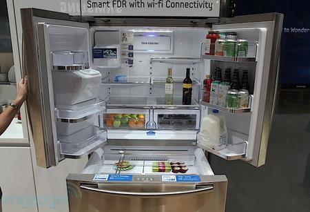Samsung-WiFi-enabled-RF4289-fridge-2.jpg