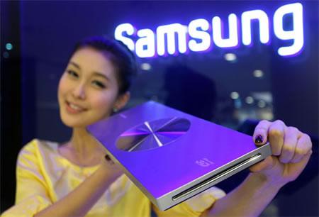 Samsung_23mm_3D_Blu-ray_Player_3.jpg