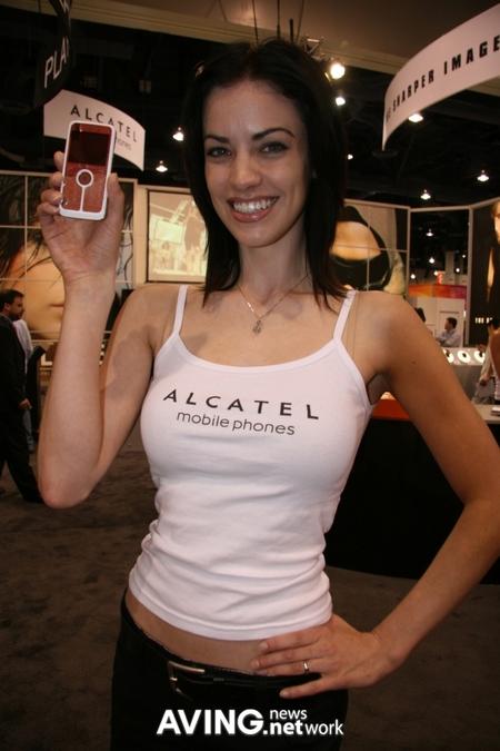 alcatel_playboy_2.jpg