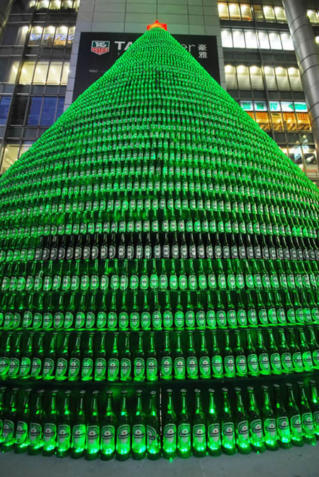 beer_bottles_christmas_tree2.jpg