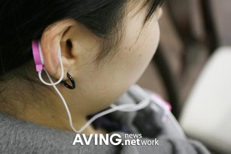 earphones_3.jpg