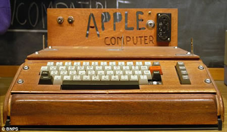 first-Apple-1-computer-1.jpg