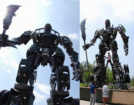 giant-transformers-truck-3.jpg